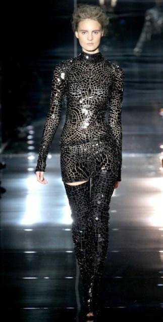 Beyonce Tom Ford elbisesiyle büyüledi