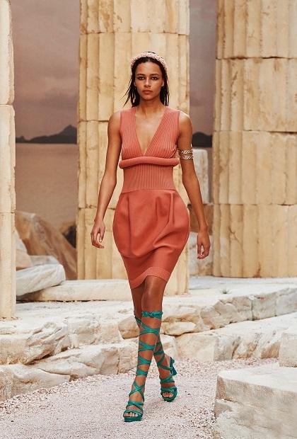 Chanel'in Cruise koleksiyonunda Antik Yunan esintisi
