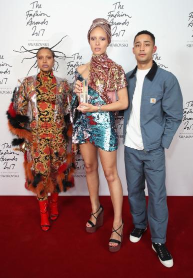 Ingiliz Moda ödülleri'nde 2017'nin en şık isimleri