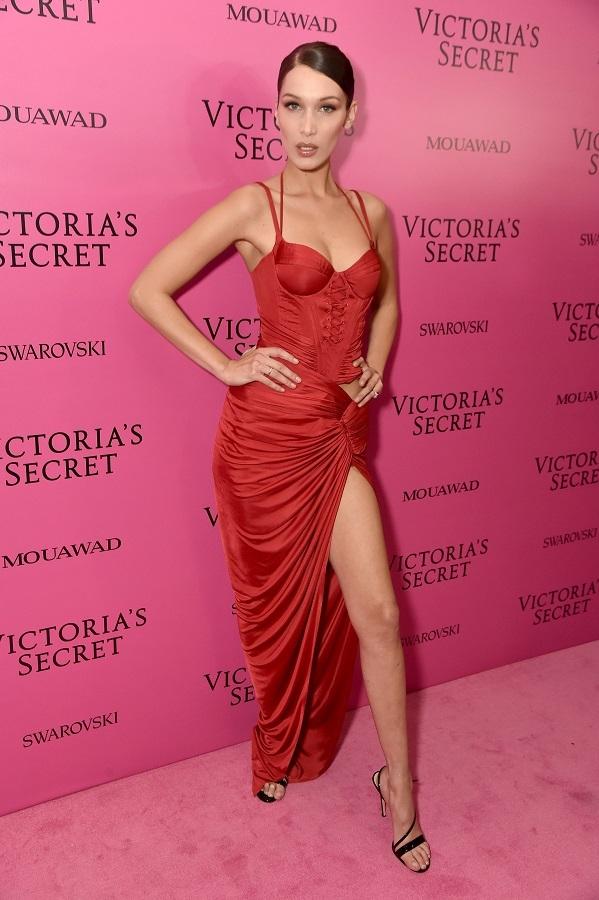 Pink Carpet'ta güzeller geçidi yaşandı