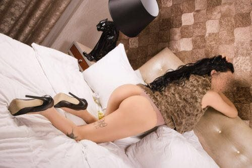 Seksi olgun bayan Balca